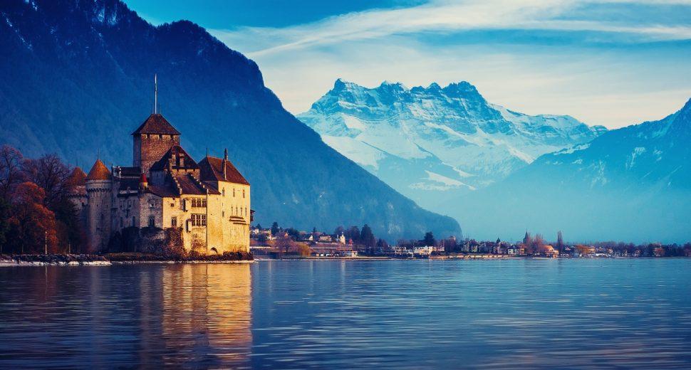 Медовый месяц с швейцарцем.