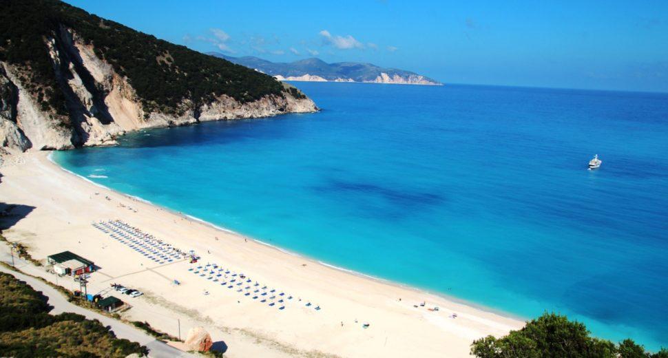 Замужество с греком и отдых на пляжах Греции.