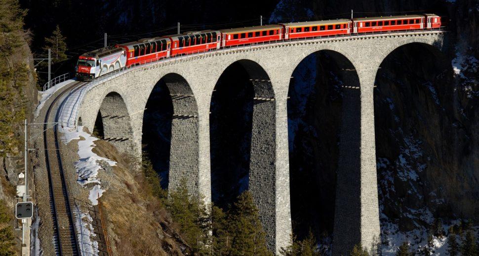 Путешествие по Швейцарии по необыкновенным местам.
