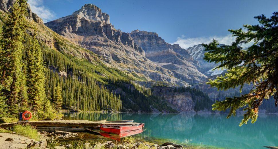 Незабываемый медовый месяц на знаменитом озере О Хара в Канаде.
